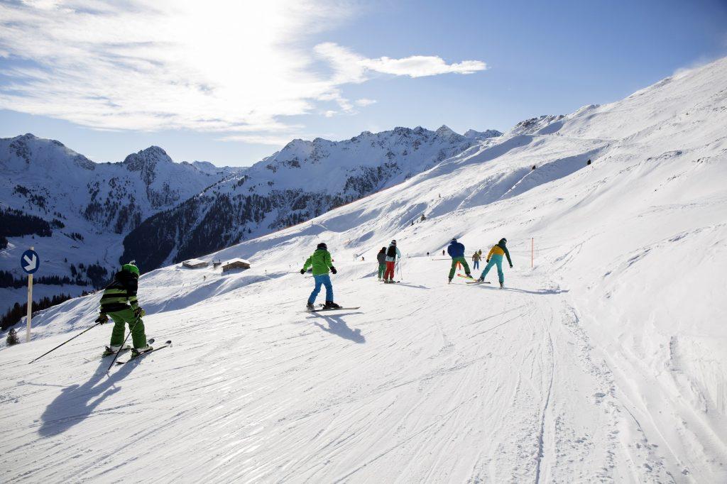 Met skipistes zo breed als een voetbalveld, 11 skischolen, speciale kinderpistes en een breed aanbod aan off-piste activiteiten, is Ski Juwel Alpbachtal Wildschönau in Oostenrijk een populaire wintersportbestemming voor families met kinderen.